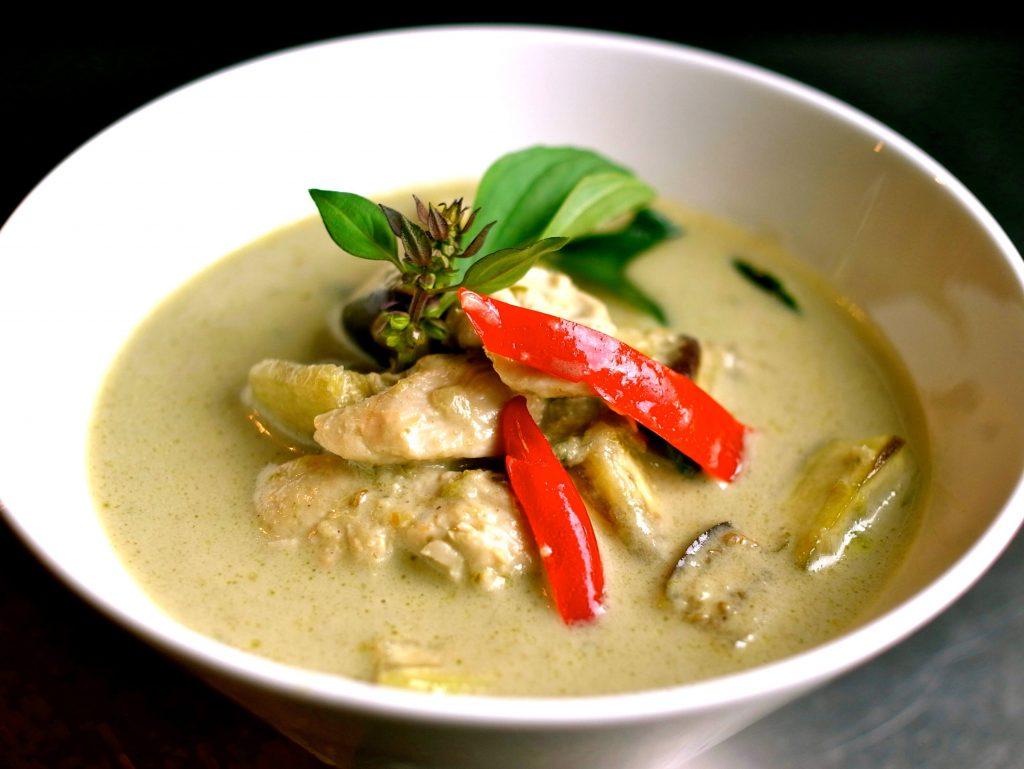 """Иллюстрация к статье """"Что и где поесть в Таиланде?"""""""