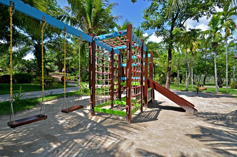 Фотография детской площадки в отеле Рамаяна Ко Чанг