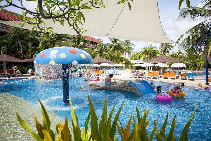 Бассейн для детей в Отеле Пхукет Орхид Резорт (Таиланд)