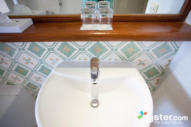 снимок из ванной комнаты отеля
