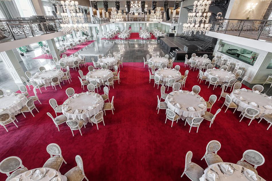 Новый год в банкетном зале ROYAL HALL в Казани