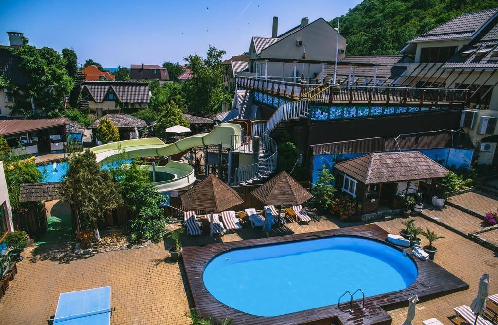 Фото гостиницы «Оазис» в Архипо-Осиповке