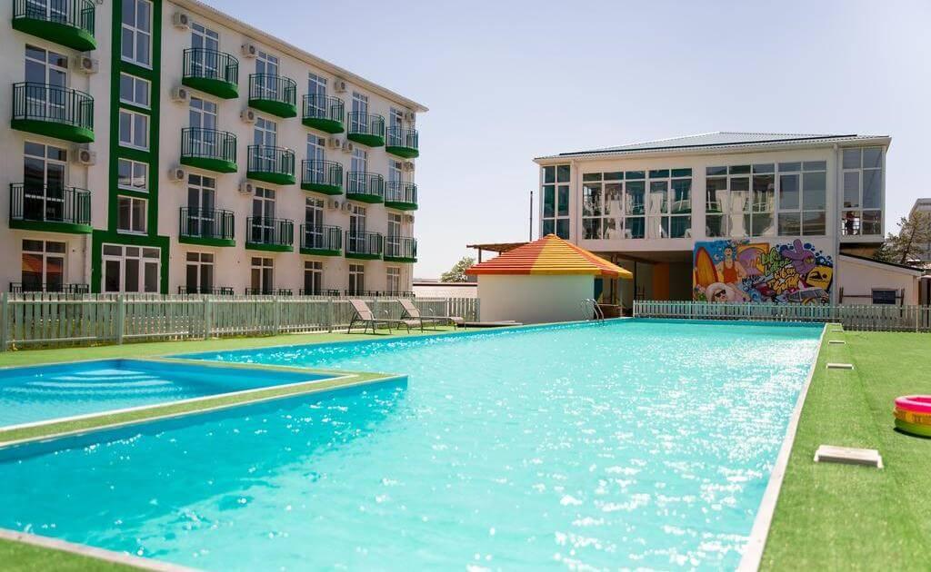 Фото отеля Green Park (3 звезды, Анапа)