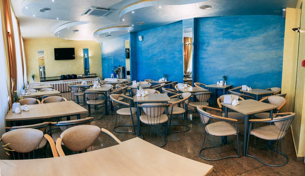 Фото кафе в Амране