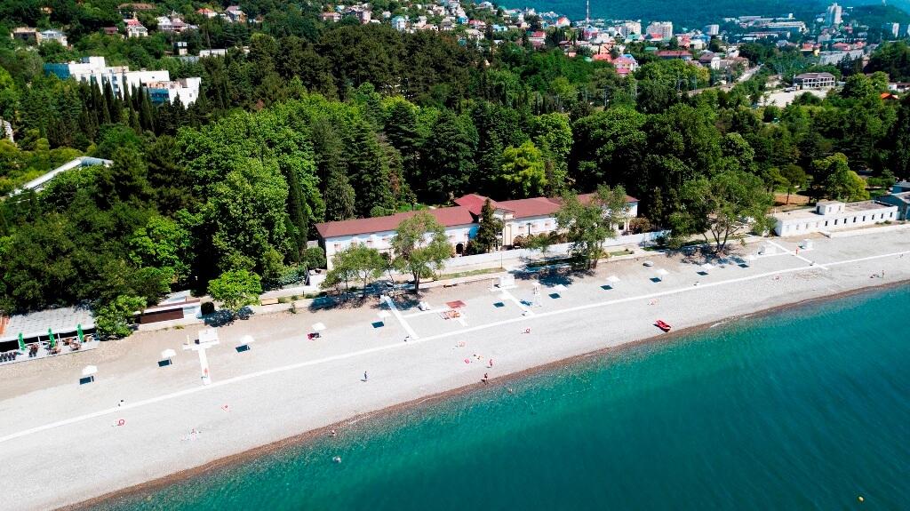 Фото пляжа санатория «Лазаревское»