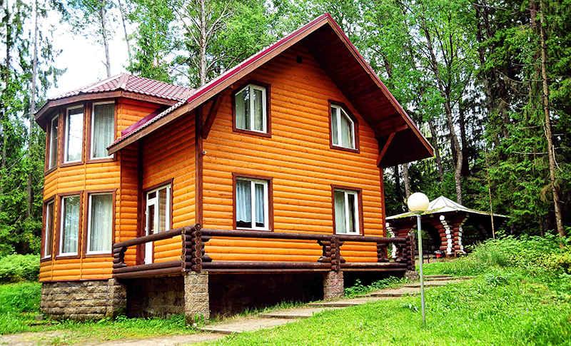 Комплекс для загородного отдыха «Красное Озеро»
