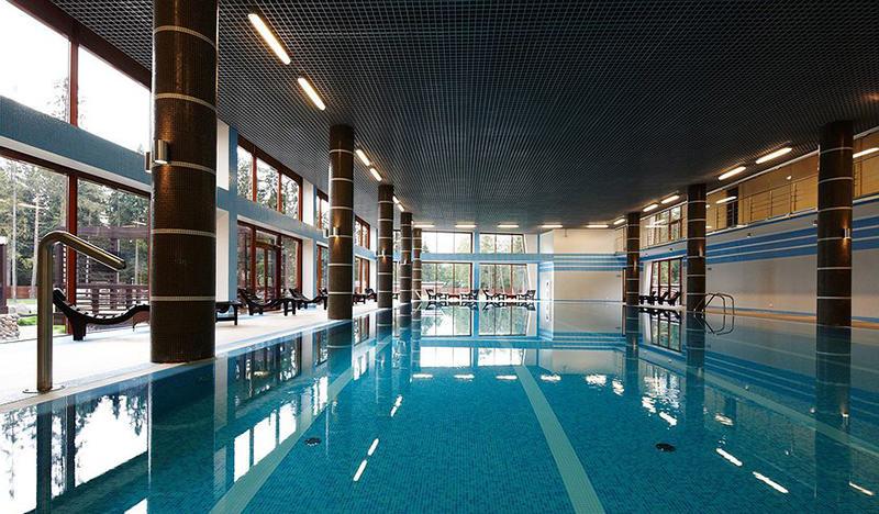 Тёплый бассейн в forRestMix club