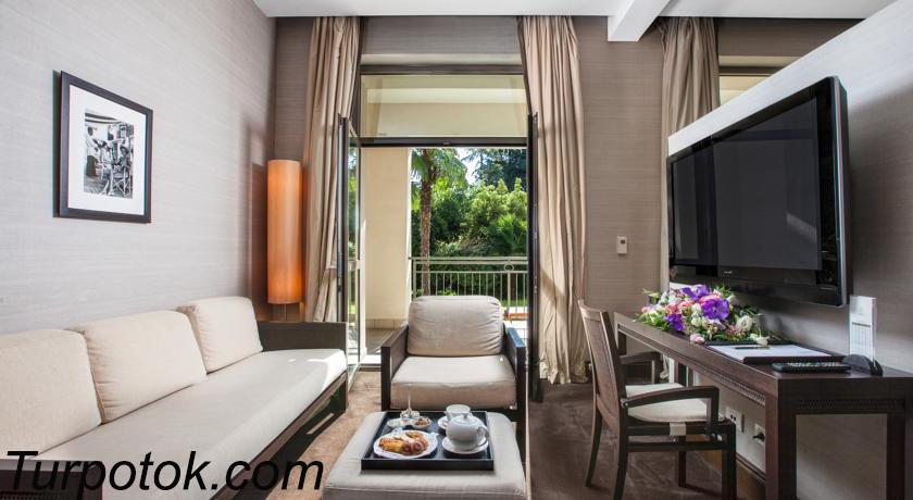 Фото отеля Grand Hotel & SPA Родина. Номер один в рейтинге «Лучшие отели Сочи для отдыха с детьми» в категории пять звезд
