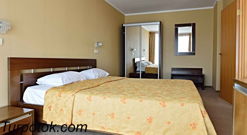 Фото отеля Сочи-Магнолия. #1 в рейтинге «Лучшие отели Сочи для отдыха с детьми» в категории три звезды