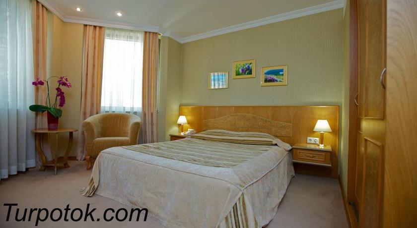 Фото отеля Звездный VIP. Номер 1 в списке «Лучшие отели Сочи для отдыха с детьми» в категории четыре звезды