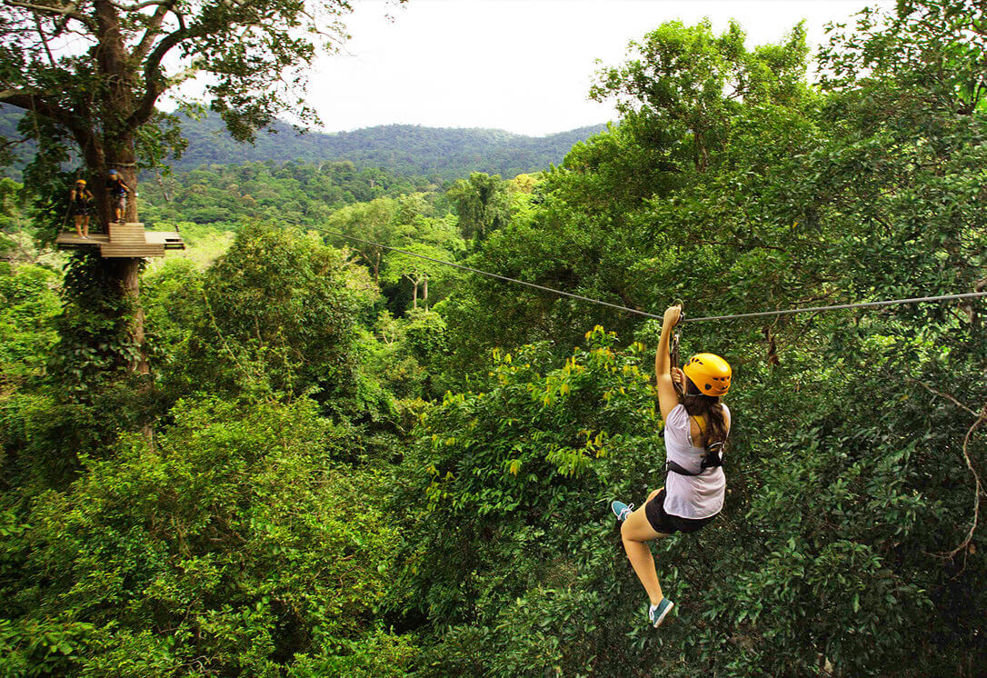 Тарзанка в Tree Top Adventure Park на острове Ко Чанг, Таиланд