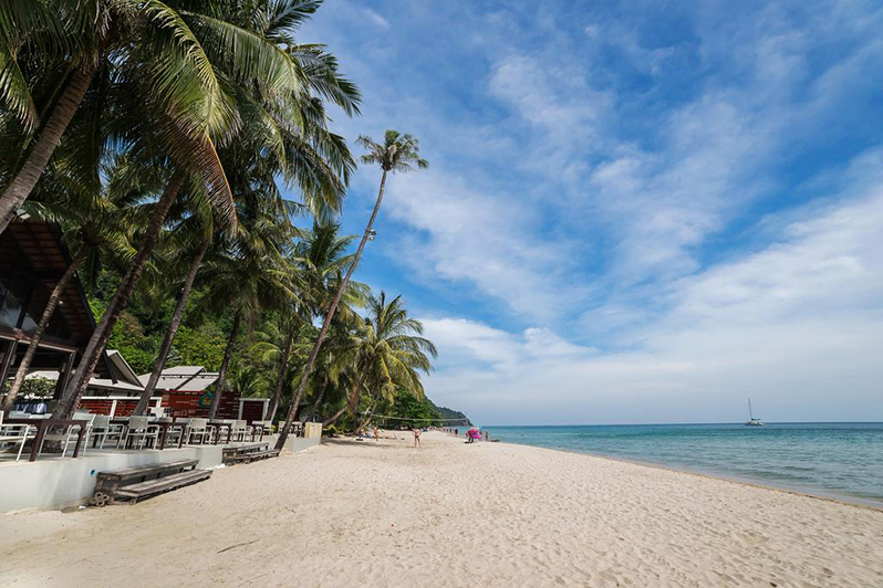 Пляж Вайт Сенд Ко Чанг