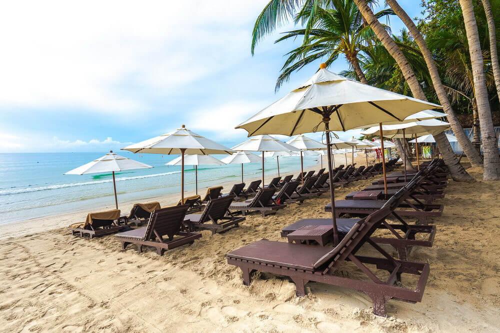 Фото пляжа Чавенг Ной напротив отеля Impiana Resort
