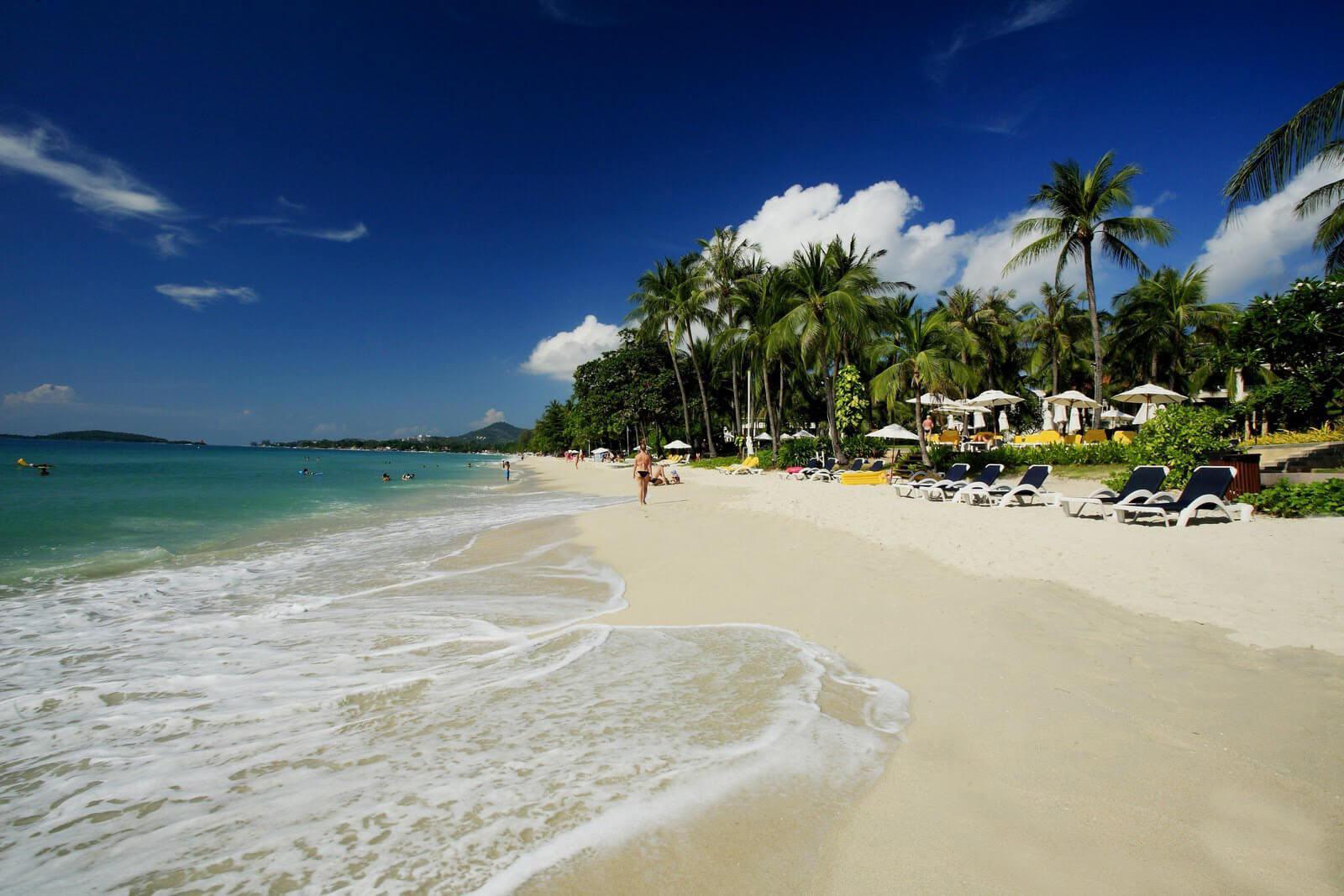 Фото пляжа Чавенг напротив отеля Centara Grand Beach Resort