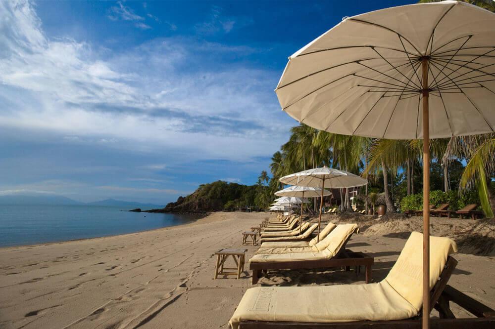 Фото пляжа Маэнам напротив отеля Pinnacle Resort