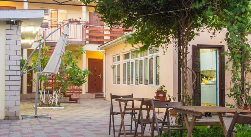 Гостевой дом Арина - для тех, кто ищет где подешевле остановиться в Витязево с ребенком