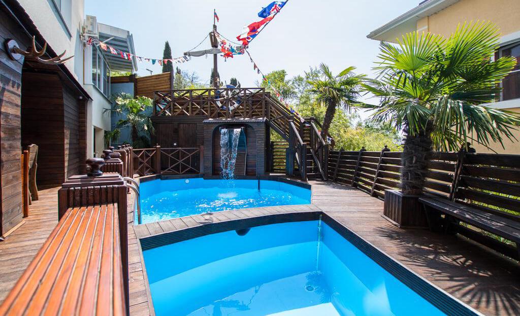 Фото гостевого дома Delsochi (Дельсочи) в г. Сочи к статье «Гостевые дома Сочи с бассейном»