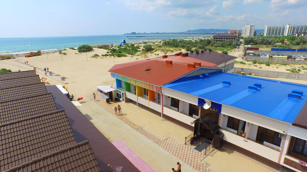 Фото отеля Кручар в Джемете. Иллюстрация к разделу «Отели Джемете рядом с морем, возле пляжа»