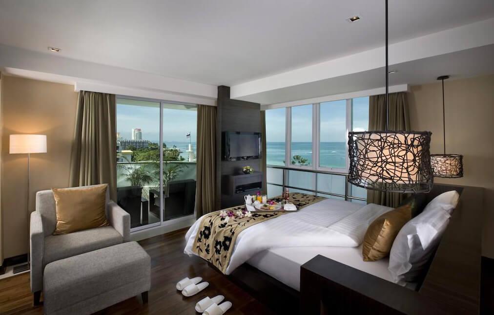 Фото отеля A-One Pattaya Beach Resort
