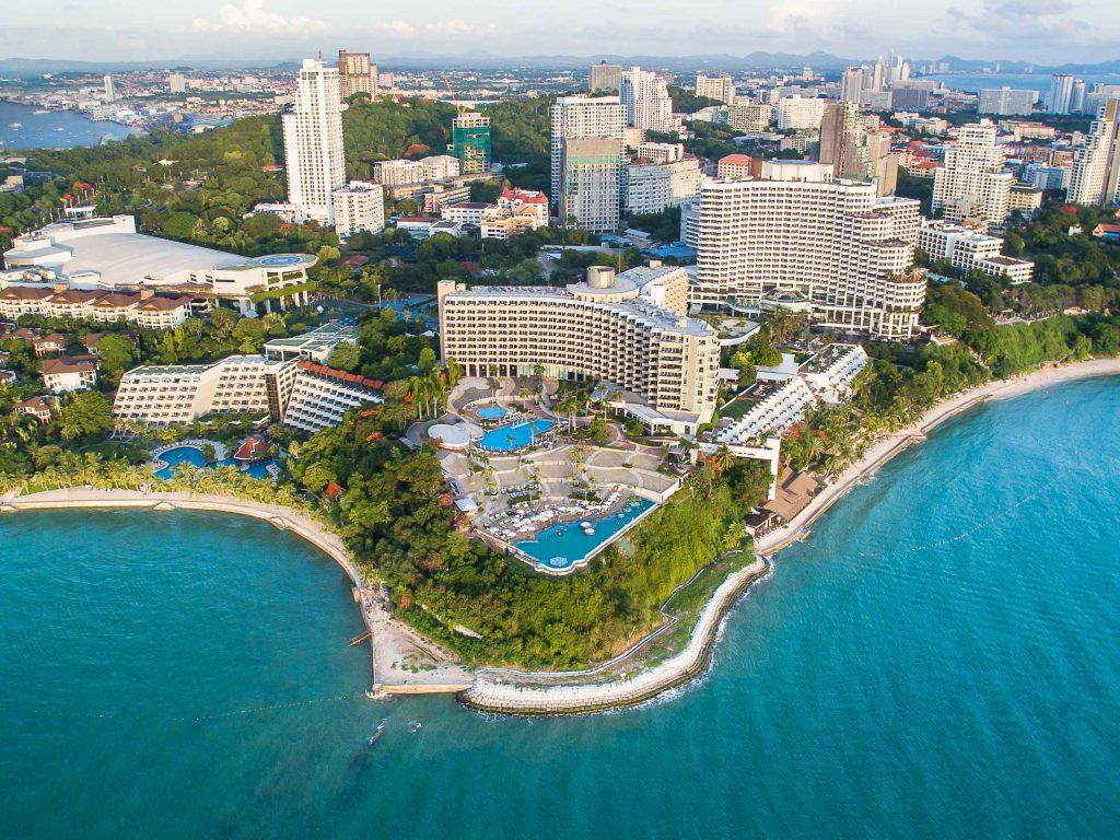 Фото территории отеля Royal Cliff Pattaya