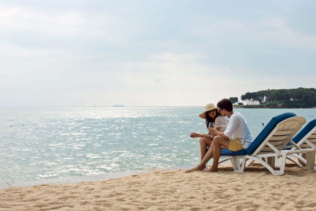 Фото пляжа у отеля Royal Wing Suites & Spa Pattaya