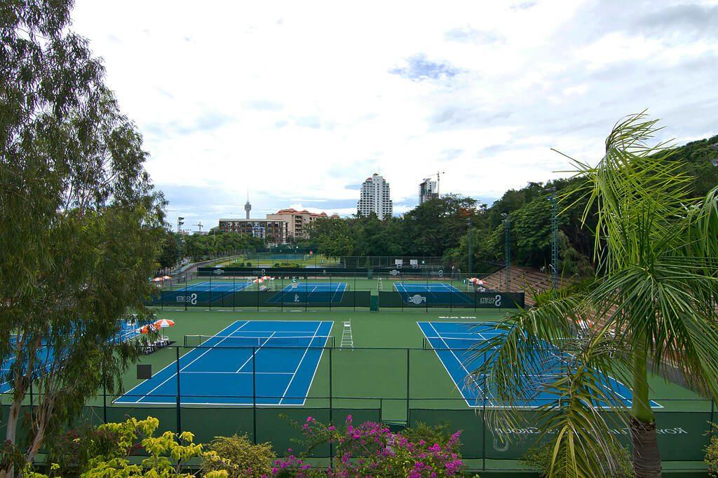 """Фото теннисного корта в спорт-центре """"Фитц-клаб"""" при отеле Royal Cliff"""