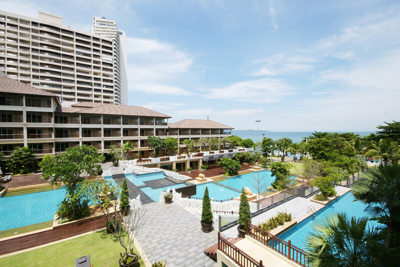 Вид на отель The Heritage Pattaya Beach Resort