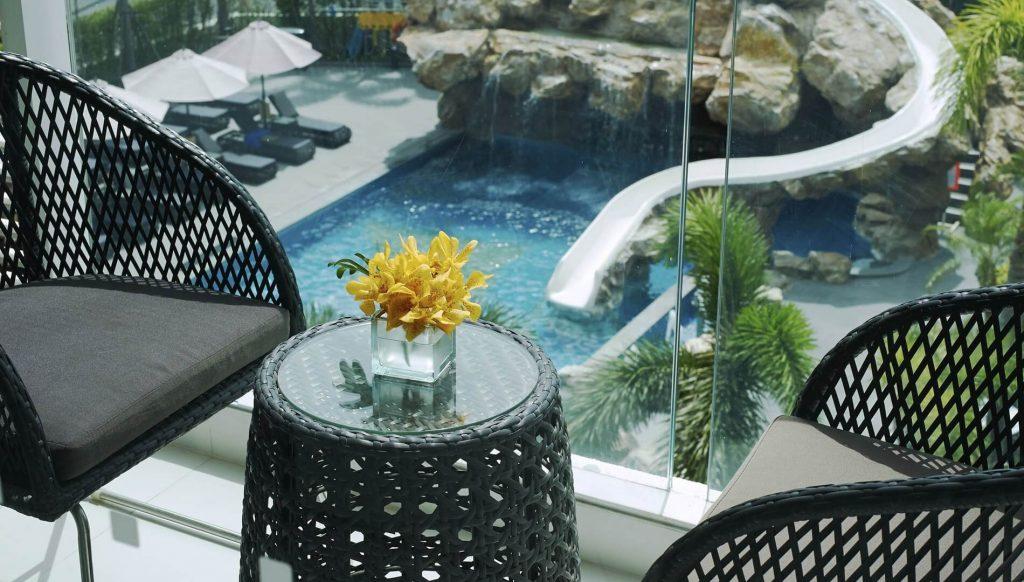 Фотографии бассейна в отеле Amari Residence Pattaya