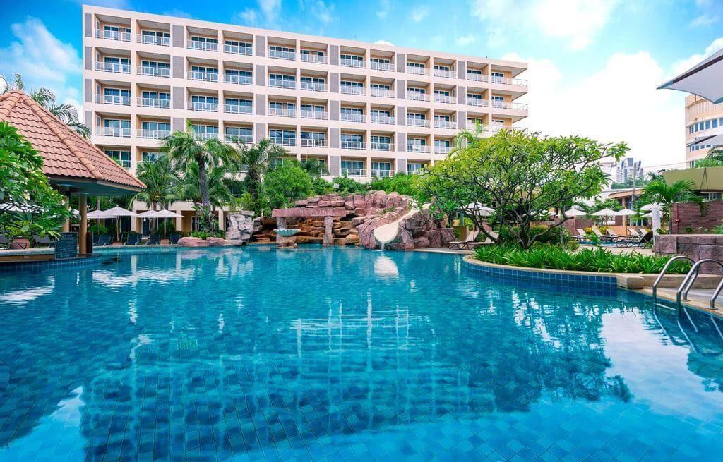 Nova Platinum - отель в Паттайе с водной горкой для детей