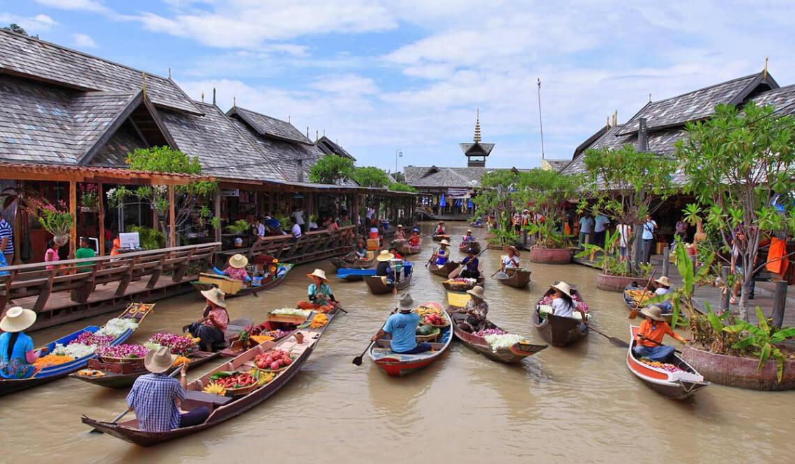 Фото плавучего рынка в Паттайе