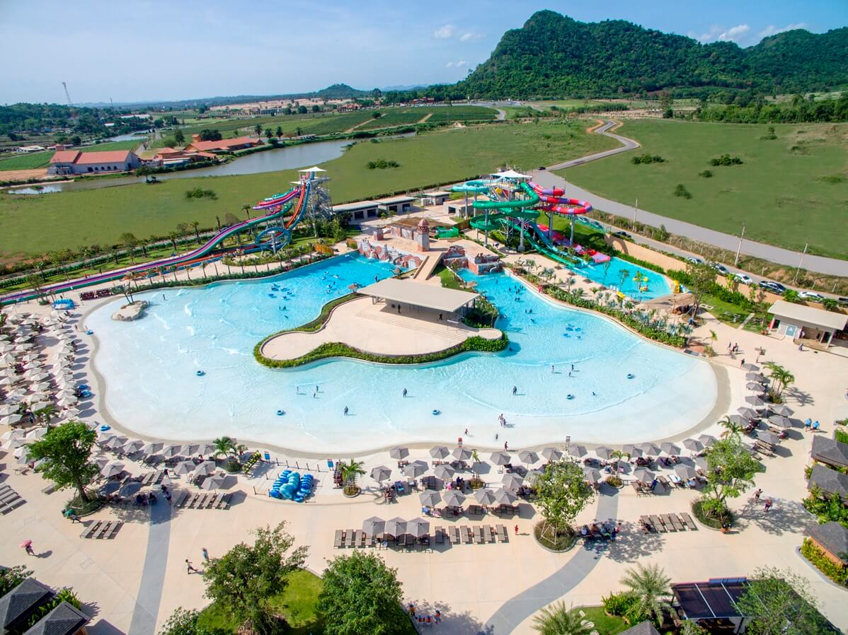 Фото бассейна в аквапарке Рамаяна