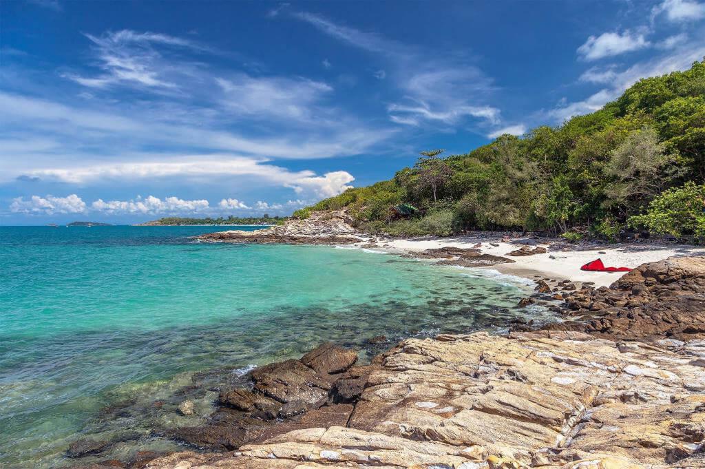 фото пляжа Ao Nuan на острове самет