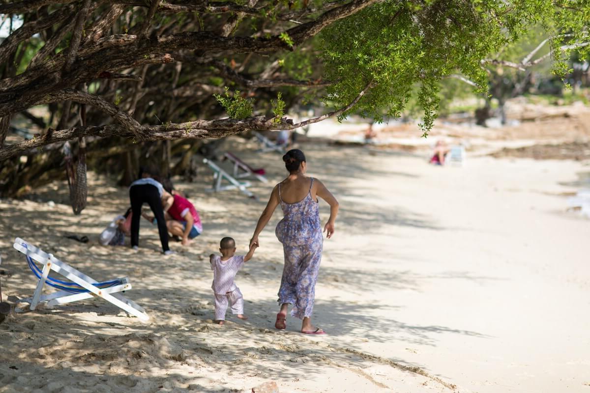 Пляж ao karang на острове Самет