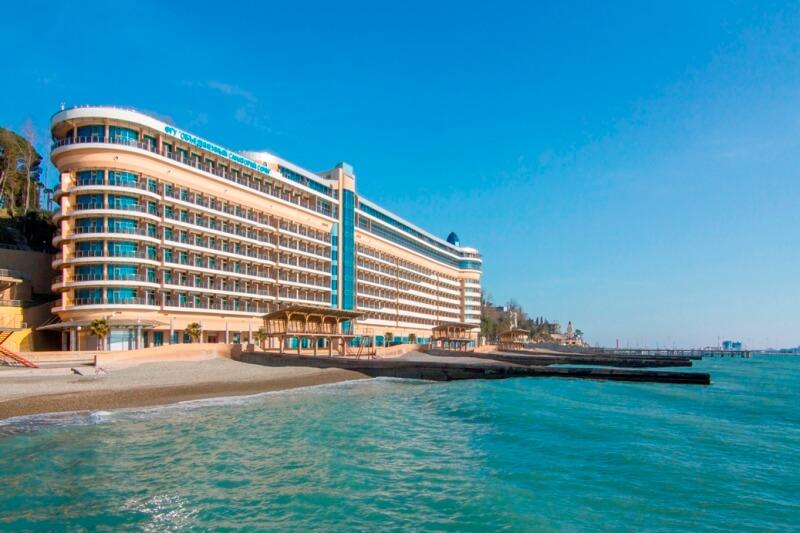 Вид на частный пляж санатория «Сочи»
