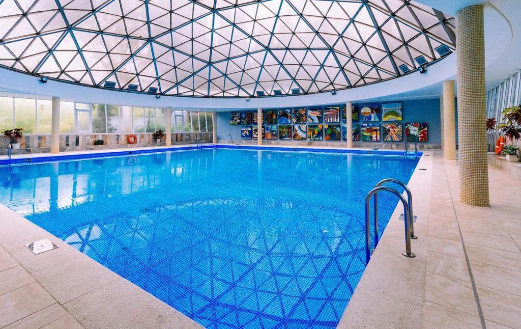 Фото бассейна в санатории им. Фрунзе (Сочи)