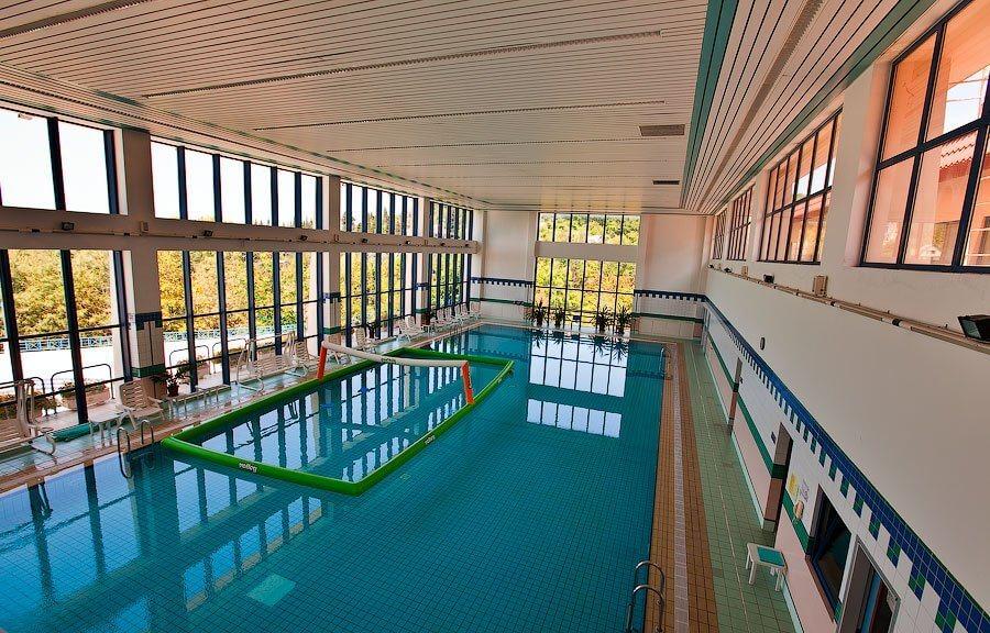 Большой крытый бассейн в Лазаревском, в санатории «Одиссея»