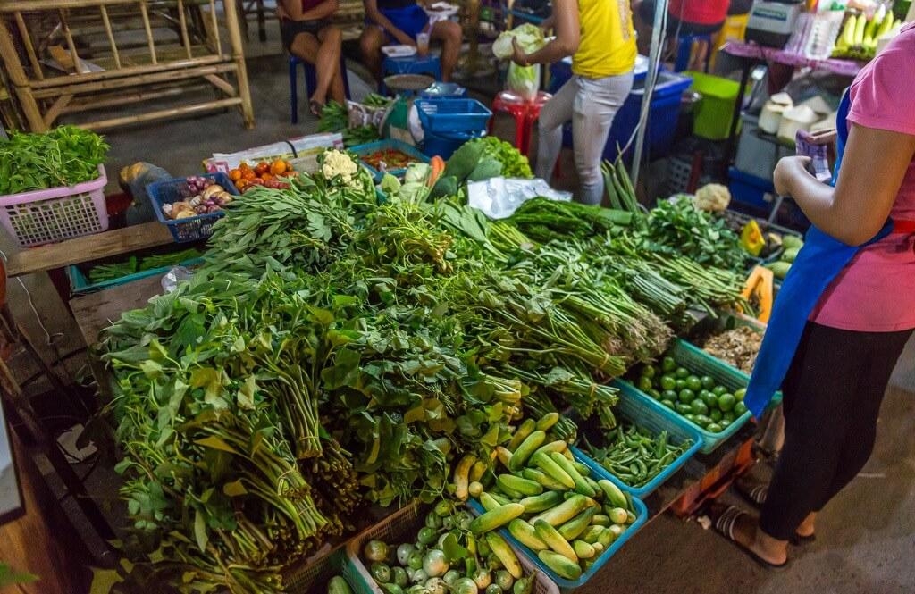 Фото продуктового рынка на Самуи