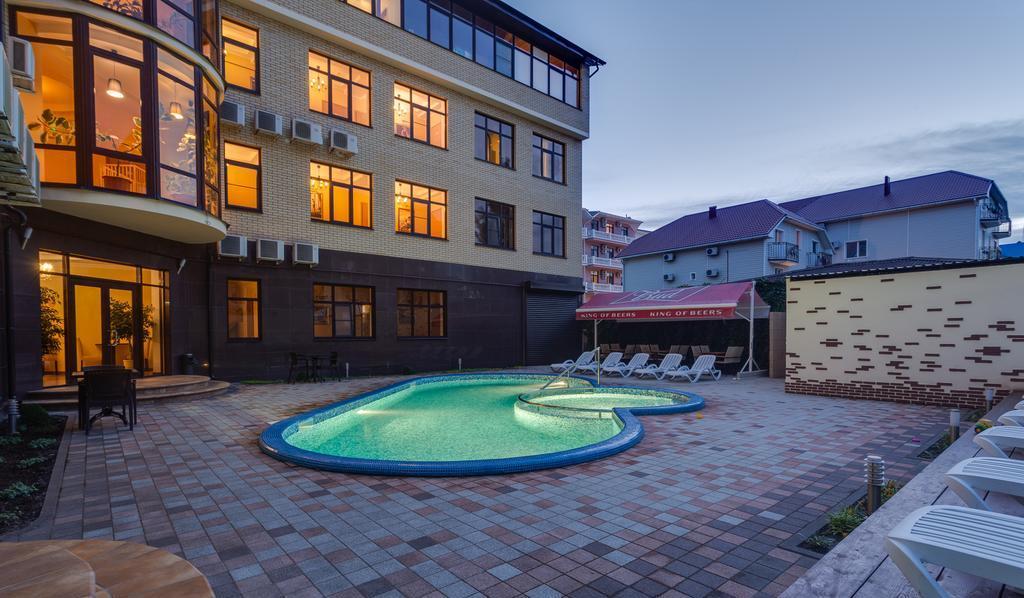 Фото отеля «Золотые дюны» (3 звезды, Витязево)