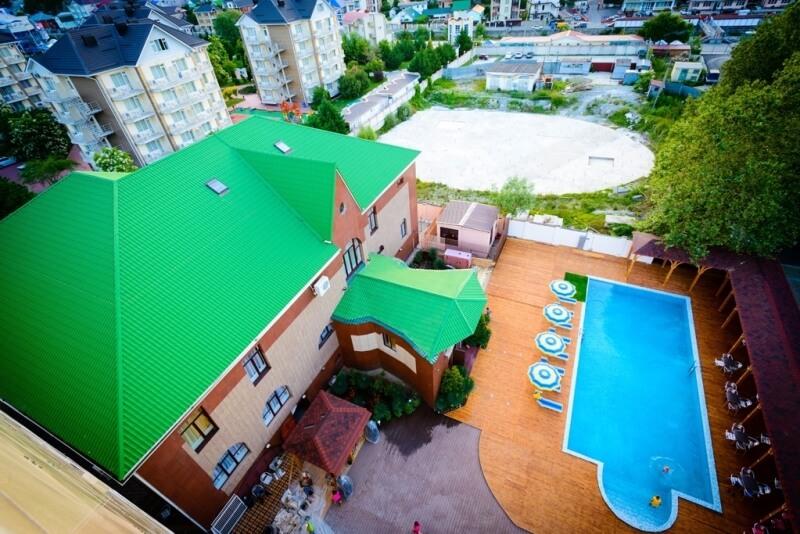 Фото бассейна в олинклюзив отеле «Приморье Deluxe»
