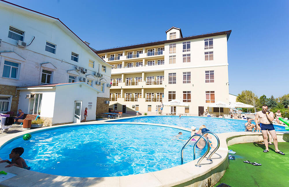 sanmarinn-all-inclusive-otel-v-anape (1)