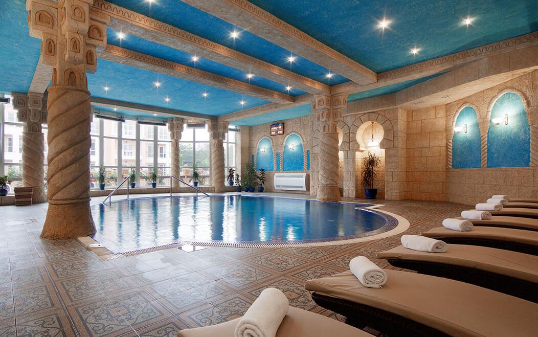 Фото крытого в Riviera Resort & Spa