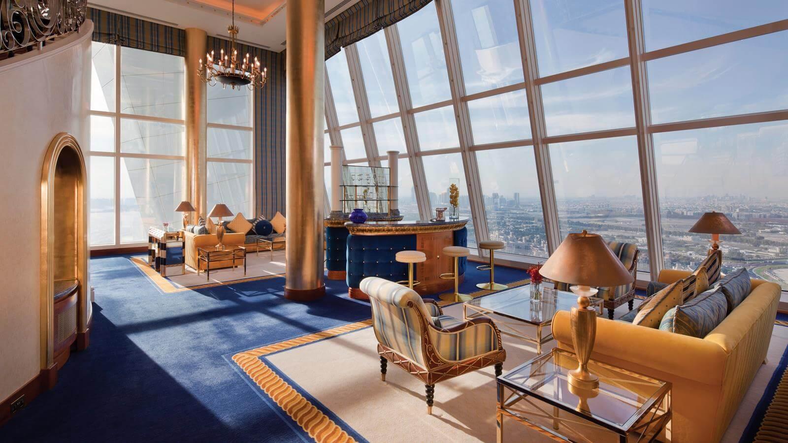 Фото Burj Al Arab - лучшего, по мнению многих, отеля в Дубае