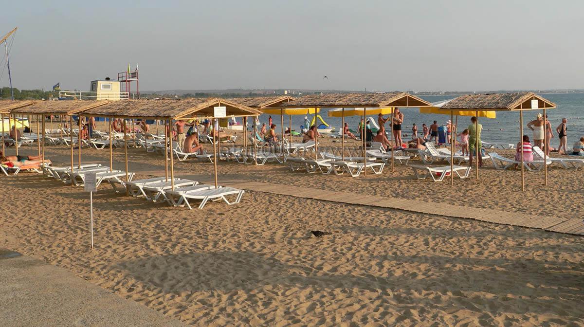 Фото пляжа отеля Avdallini Golden Bay