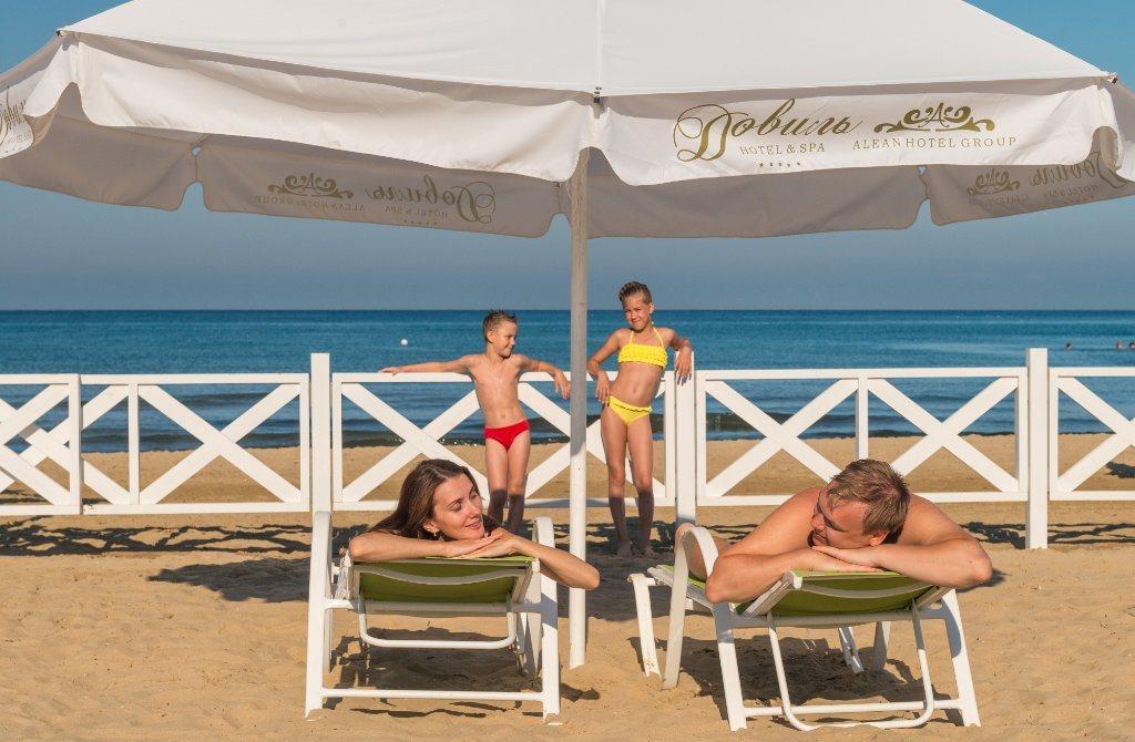 Фото пляжа отеля Doville Resort & Spa