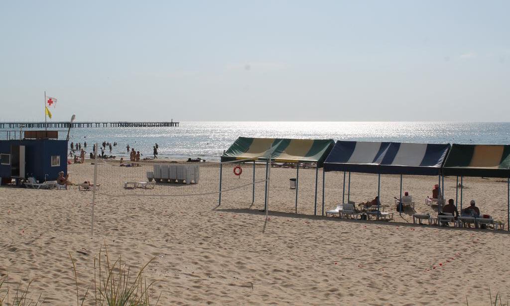 Фото пляжа у отеля «Белый песок»