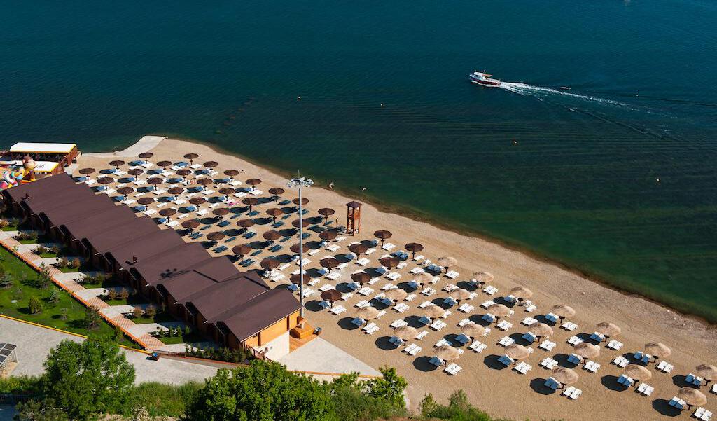 Фото пляжа «Золотая бухта»