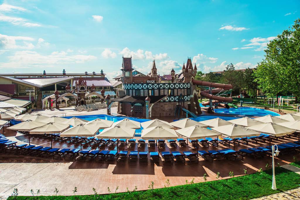 Фото теплого бассейна в Doville Resort & SPA