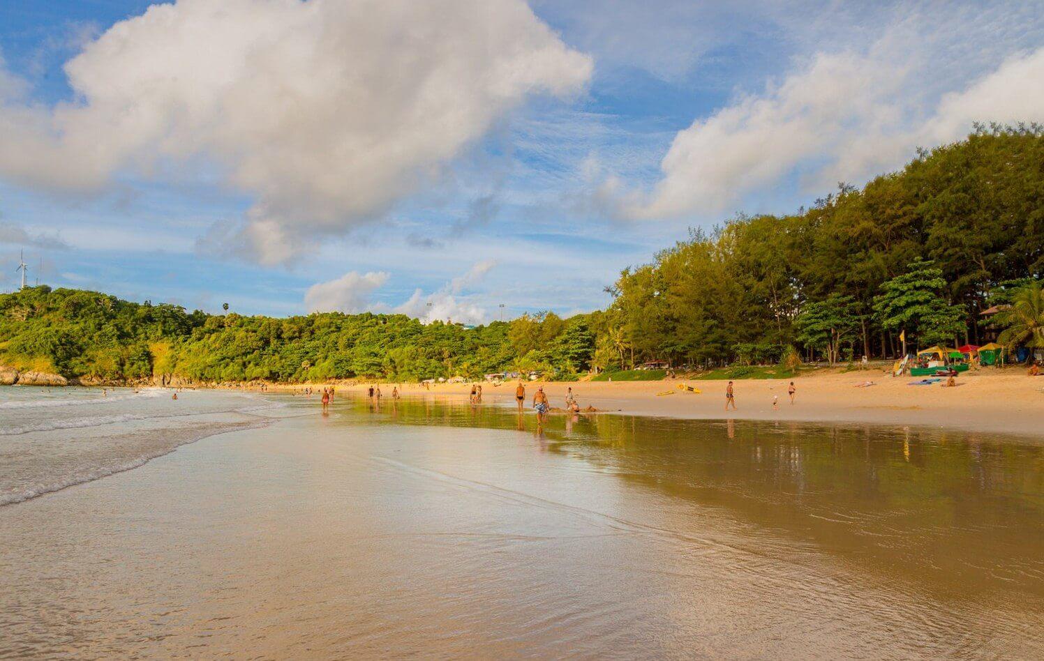 otliv-na-plyazhe-phuketa