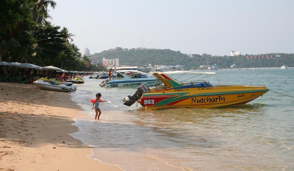 Фото пляжа в Паттайе