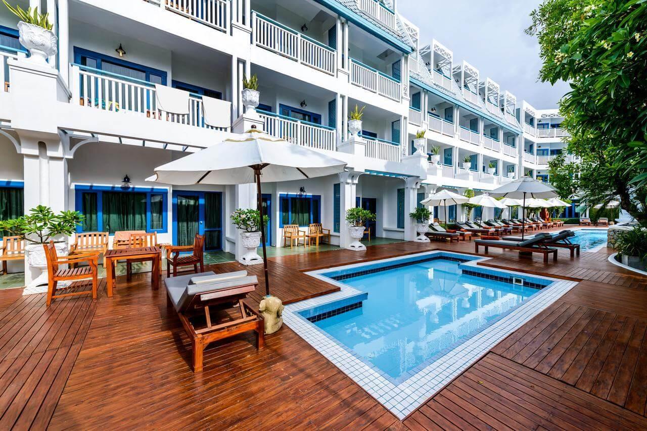 Фото бассейна для детей в отеле Андаман Сивью Пхукет